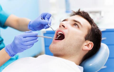 کلینیک تخصصی دندان پزشکی مرزداران ارتودنسی جرم گیری عصب کشی ایمپلنت مراقبت از ایمپلنت